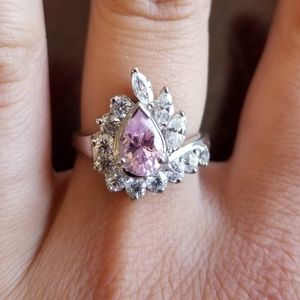 925 sterling silver ring w/cubic z's.Center pink z